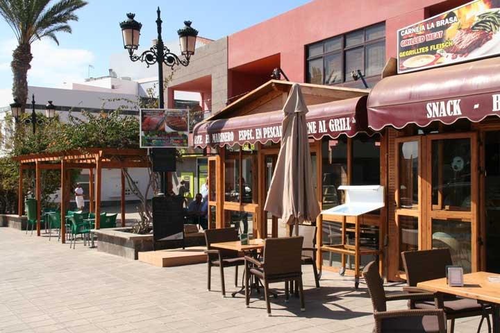 Restaurants la lajita local fish grilled meat for Local fish restaurants